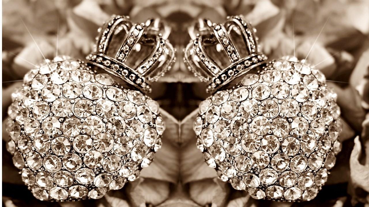 Cosa comunicano i gioielli