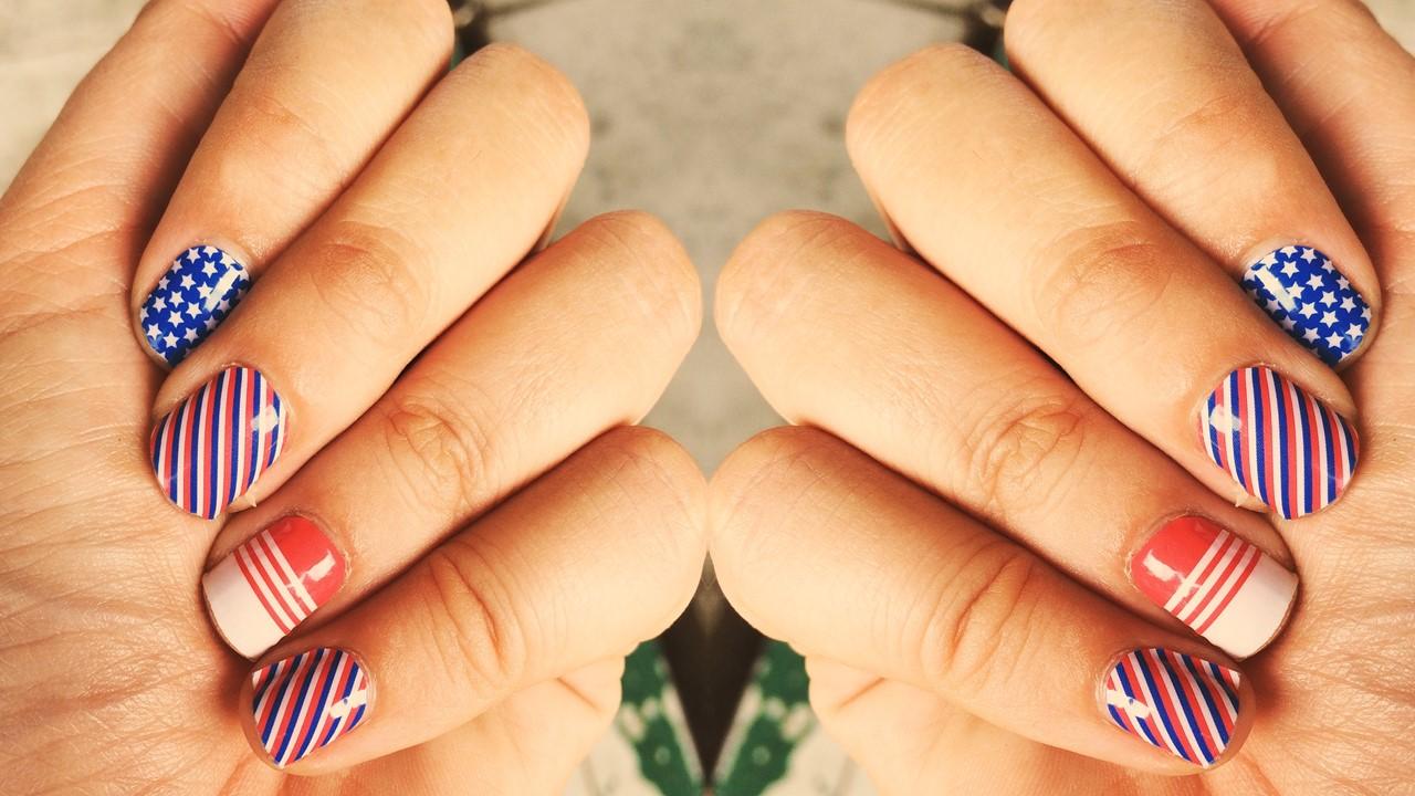 Colorarsi le unghie